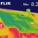 Thermografie an Dachflächen zur Ortung von Wärmeverlusten und Luftundichtigkeiten.