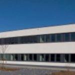 große Büro und Produktionsgebäude